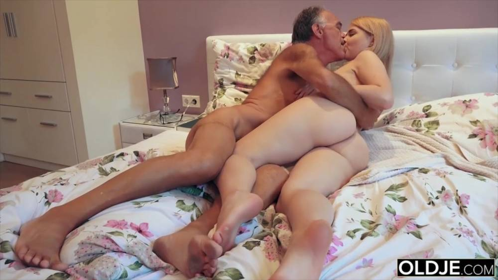 Dad and daughter bedroom fucking vintage taboo porn photo